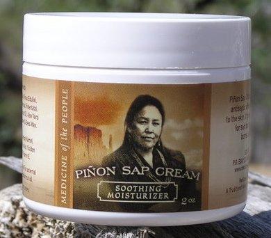 Medicina de Navajo de la gente Pinon Sap crema - quemaduras de sol, quemaduras (incluyendo quemaduras de radiación), cortes menores, raspones y Rough-Dry manos y pies 2 OZ, productos destacados
