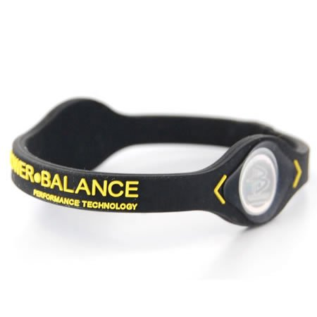 Power Balance Performance tecnología silicona pulsera tamaño: Mediano negro/amarillo Letras
